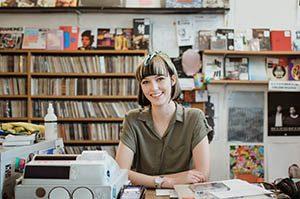_0005_music store